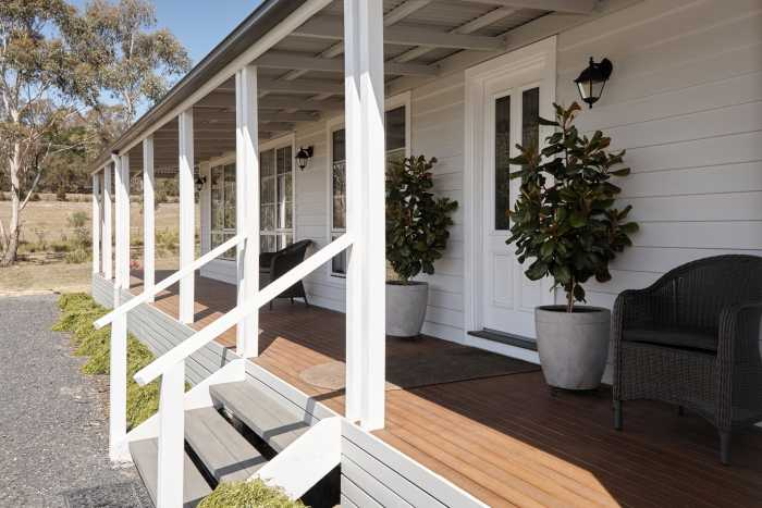Country style verandah with subfloor