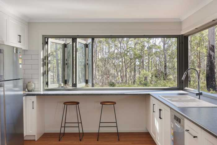 Large Windows in Modular Kitchen