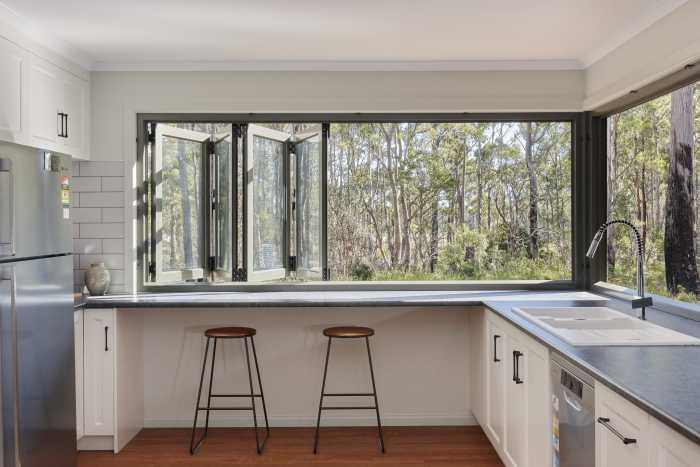 Modular Kitchen overlooking Bushland
