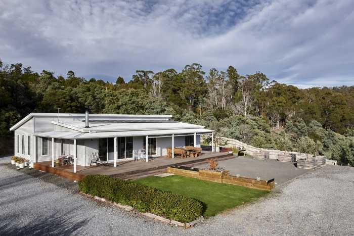 Modified Transportable Home in Tasmania