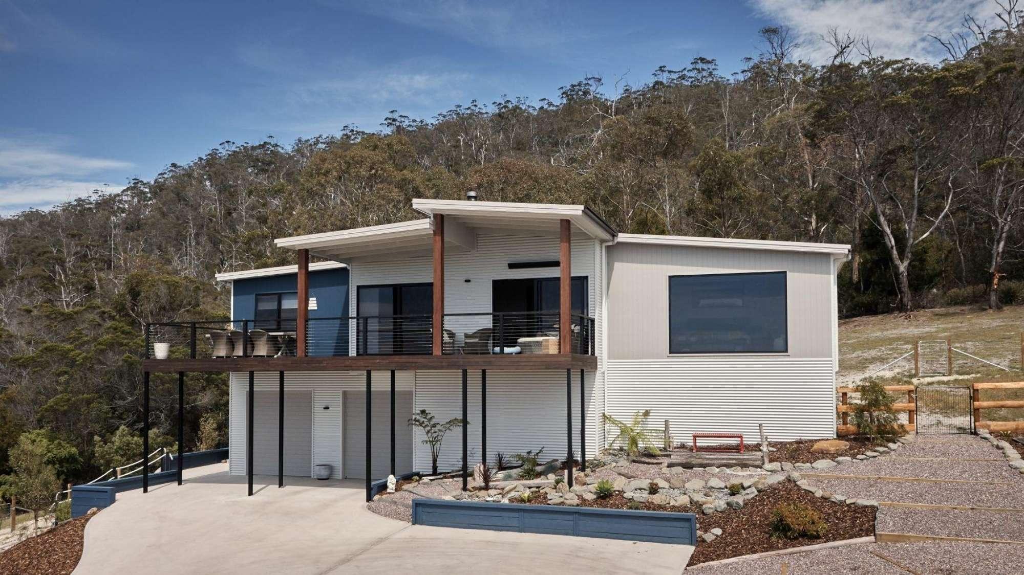Double garage modular home