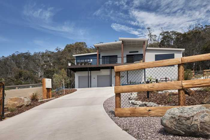 Two storey colourbond modular home