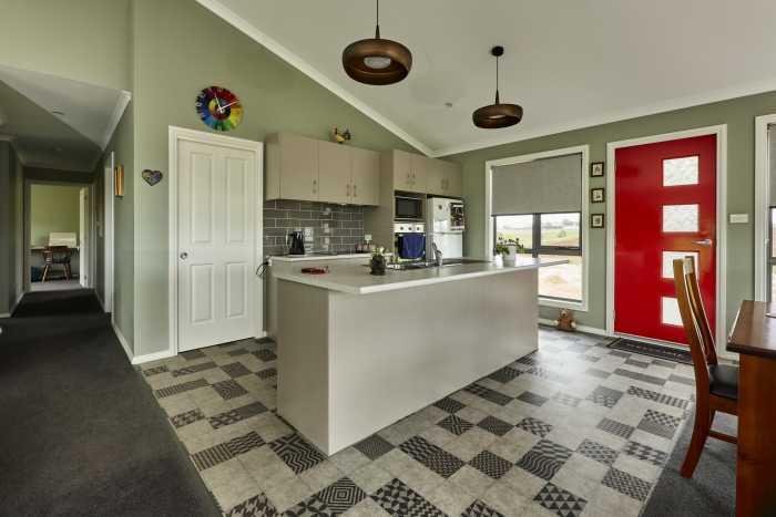 Raking Ceiling in Living Area of Modular Home