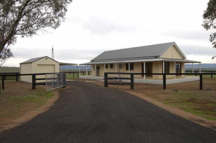 Country style kit home Tasmania