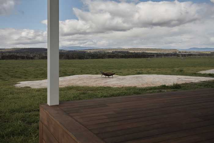 Jarrah verandah with mountain views at Waterhouse