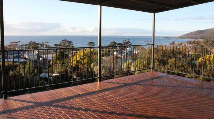 Raised up deck on prefab home