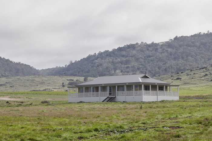 Country homestead in Tasmania
