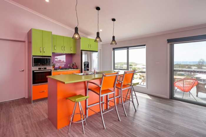 Colorful kitchen design in Scamander