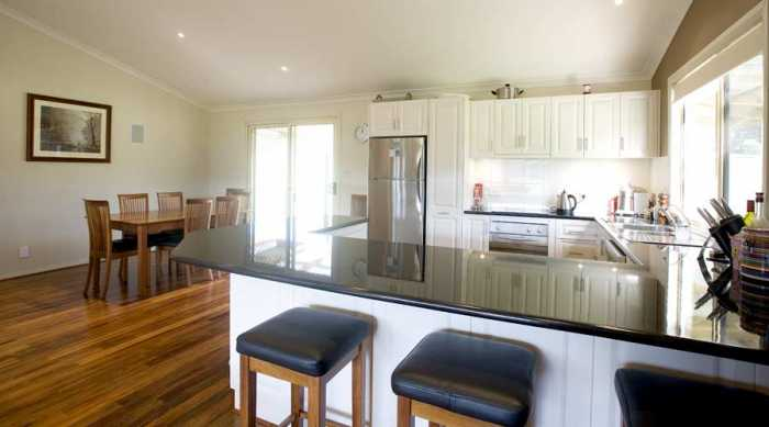 Country kitchen and hardwood floors Mole Creek Tas